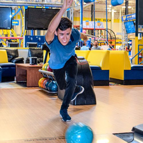 bowling-doral-fun